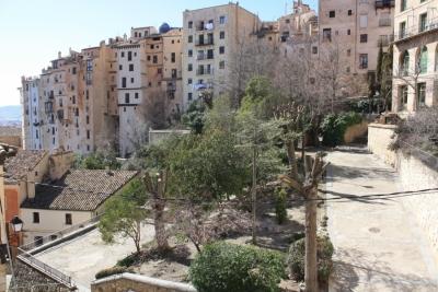 Restauración y actuaciones de mejora en zonas ajardinadas del Barrio de San Martín