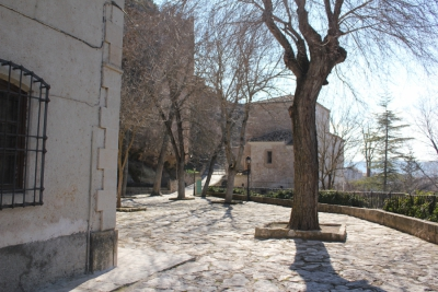 Restauración del atrio del Santuario de la Virgen de las Angustias