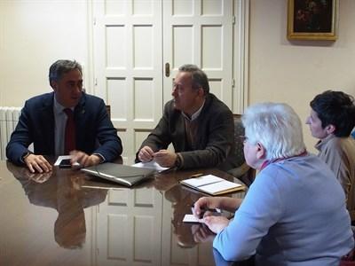 El presidente del Consorcio se reúne con la Asociación de Vecinos del Casco Antiguo