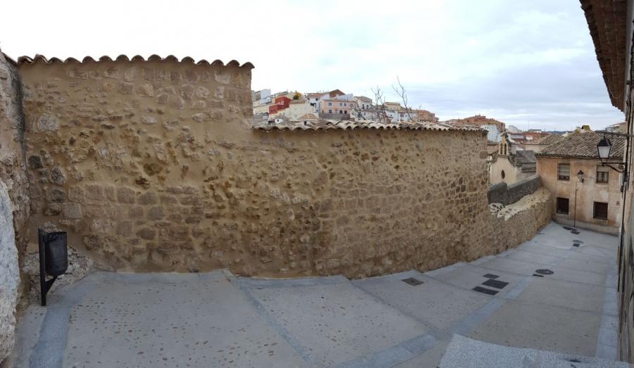 Finalizada la intervención en los lienzos de la muralla medieval en la calle Santa Lucía